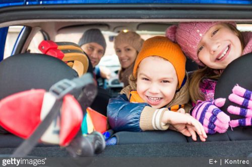 Séjour en famille au ski : bien préparer le voyage en voiture